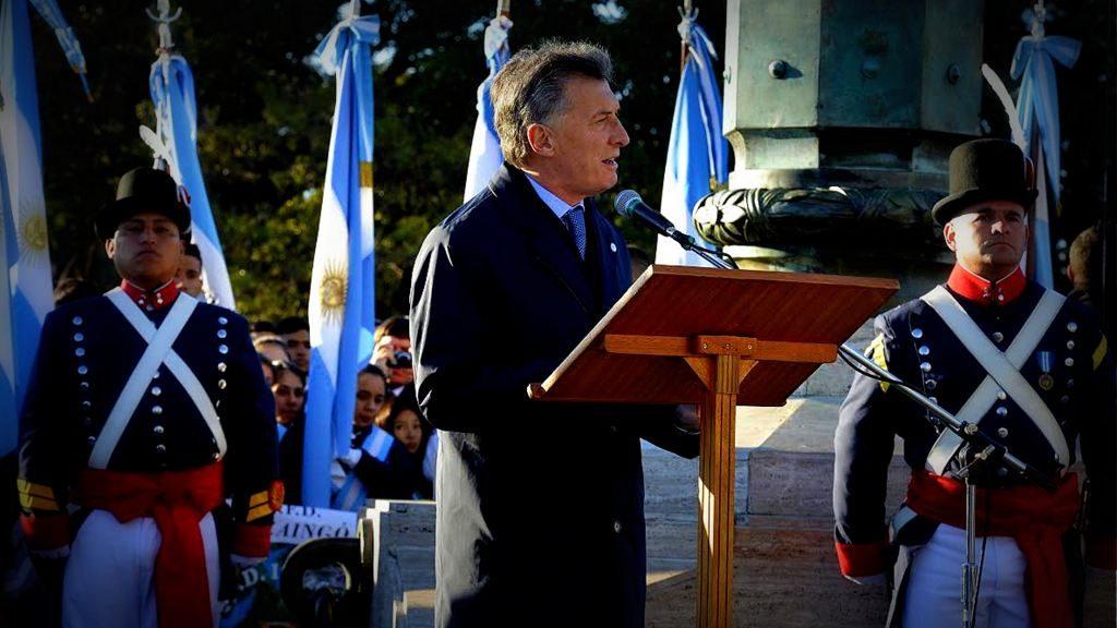Macri invitó a los argentinos a continuar por el camino del progreso