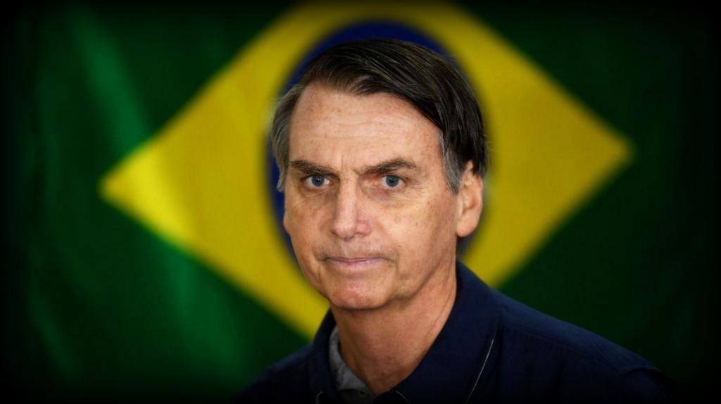 Bolsonaro se prepara para dar un dramático giro a la derecha en Brasil