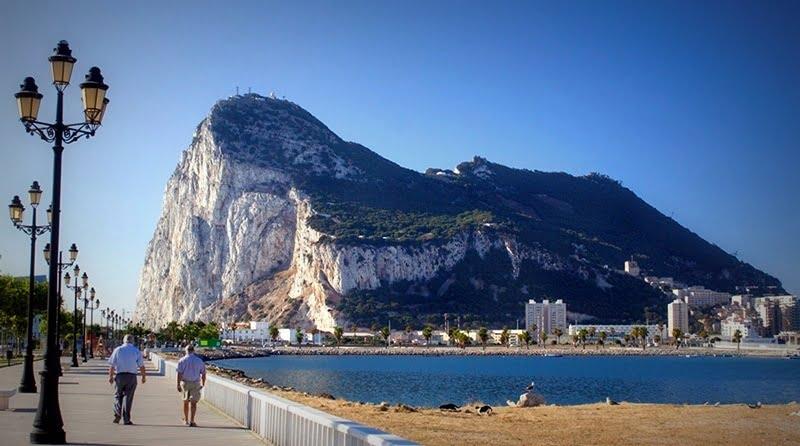 España exige ver por escrito un compromiso de respetar su posición sobre Gibraltar